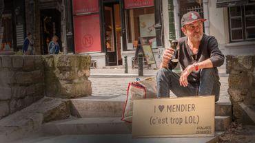 """""""Salauds de pauvres"""" : le visage de la mendicité à Bruxelles"""