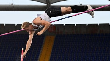 Ben Broeders améliore son propre record de Belgique du saut à la perche en passant 5 mètres 80
