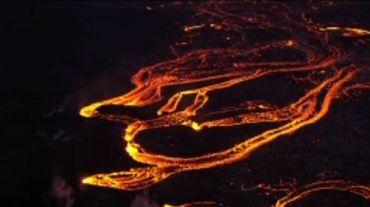 Hawaï: des rivières de lave s'écoulent du volcan Kilauea