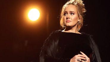 Adele en procédure de divorce, elle vend sa maison à perte