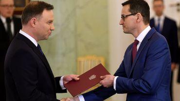 Le président polonais Andrzej Duda en compagnie de Mateusz Morawiecki, nouveau Premier ministre polonais.