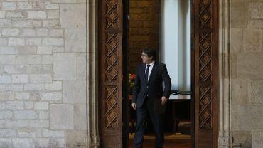Le parti du président destitué de la région catalane se réunit ce lundi.