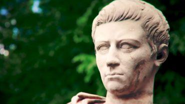 Pourquoi Caligula voulait-il décerner le titre de consul à son cheval ?