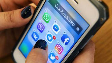 Votre smartphone peut parler aux Russes à votre insu, comme tous vos gadgets électroniques, prévient un spécialiste américain du contre-espionnage