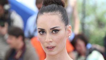 """Melisa Sozen, actrice turque jouant dans """"Winter sleep"""", sur les marches à Cannes"""