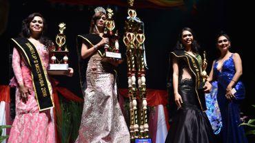 Le titre de Miss Transgenre Indonésie est revenu à Pie Nabh Tappii, 28 ans, qui a remporté la compétition face à 18 concurrentes.