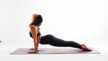 Faites gratuitement du yoga avec Victoria Bardiau pendant 15 jours
