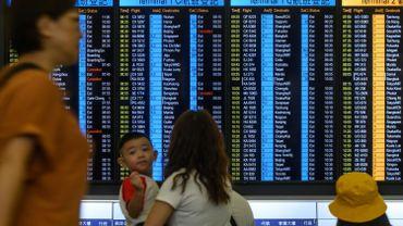 Mouvement de contestation à Hong Kong : accalmie à l'aéroport, la ville de Hong Kong reste sous tension
