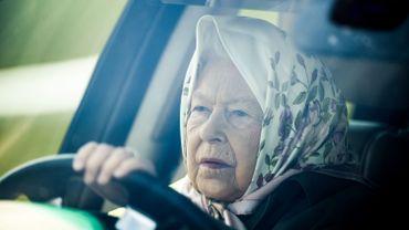La reine Elizabeth II a promulgué jeudi l'accord de Brexit, une des dernières étapes avant que le Royaume-Uni ne largue définitivement les amarres fin janvier.