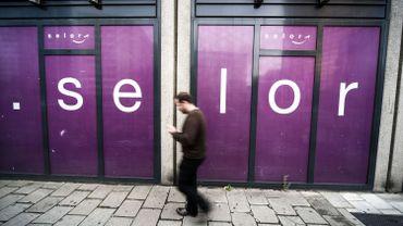 La Région de Bruxelles-Capitale qui peine parfois à recruter un personnel qualifié en raison d'exigences de bilinguisme, liées à son statut bilingue.
