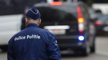 Les habitants peuvent identifier des problèmes et suggérer des actions à mener par la police pour y remédier (illustration).