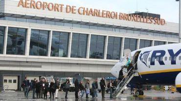 Ryanair exigeait un passeport de l'enfant camerounais
