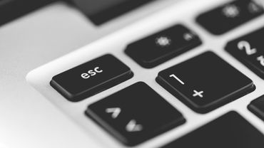 Les designs des plateformes web veulent sans cesse capter notre attention, développant des designs addictifs très performants.