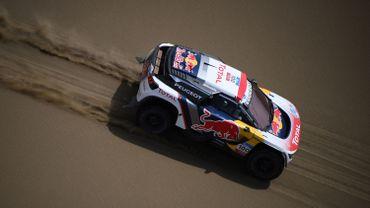 Loeb heurte un fossé au SilkWay Rallye, Despres s'empare de la tête