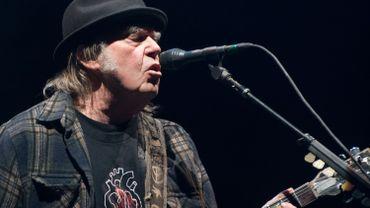 Neil Young sort un teaser