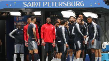 Mbappé absent de l'entraînement des Bleus, Kanté et Pavard à part
