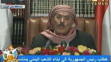 Capture d'écran de la télévision yéménite montrant le président Ali Abdallah Saleh s'adressant à la nation, à Sanaa, le 25 septembre 2011