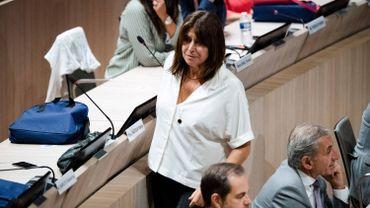 Michèle Rubirola première femme maire de Marseille, fait basculer la ville à gauche