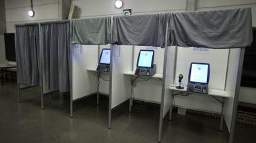 Communes vs Paul Furlan: un bras de fer dû au coût du vote électronique
