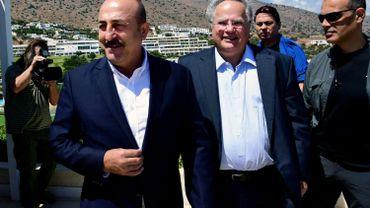 Le ministre turc des Affaires étrangères Mevlut Cavusoglu a rencontré dimanche, en Crète, son homologue grec Nikos Kotzias.
