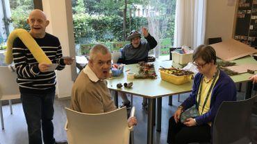 Alain (56 ans), Jean-Louis (53 ans), Patrice (58 ans) et Nicole (66 ans) sont des résidents de La Glanée à Verviers