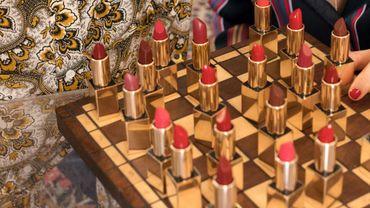 & Other Stories lance sa ligne de maquillage naturel à base d'ingrédients provenant de France ou d'origine française certifiée.