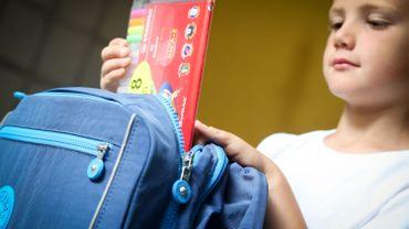 Frais scolaires: que peut-on demander aux parents?