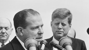 Joao Goulart et John F. Kennedy à la Andrews Air Force Base (03 avril 1962 )