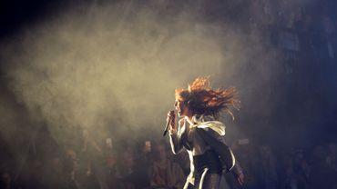 Florence Welch du groupe Florence and the Machine au festival de Glastonbury, le 26 juin 2015. Le groupe dévoilera un nouveau single en exclu pour le Disquaire Day