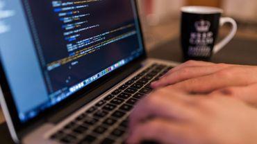 Les services publics fédéraux visés chaque semaine par une cyberattaque