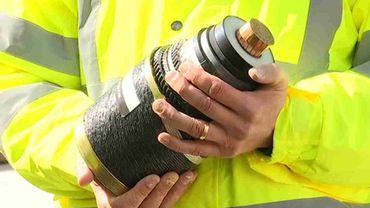 Le câble doti résister à des pressions et une corrosion maximales