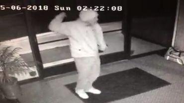 """Un """"voleur/danseur"""" trahi par des caméras de surveillance"""