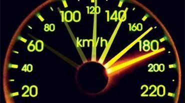 Le jeune homme a atteint une vitesse de 248 km/heure sur le ring de Bruxelles à hauteur de Ruisbroek et Leeuw-Saint-Pierre (illustration).