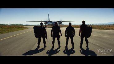 Des véhicules blindés, des explosions, du rock et des gros bras, voilà le programme de la bande annonce diffusée sur Yahoo!Movies par les studios Lionsgate et Millenium Films