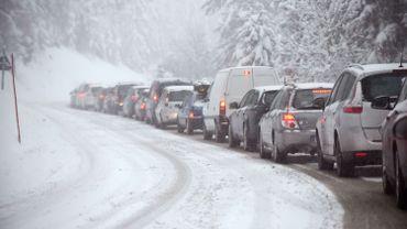 Vacances de Carnaval: la circulation est dense vers les stations de ski