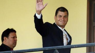Equateur: Correa menace de démissionner si l'avortement est dépénalisé