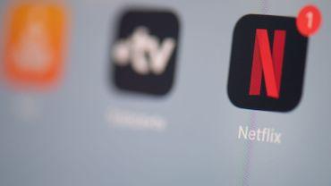 """""""Netflix va lutter contre le partage de comptes"""": comment cette fausse rumeur s'est (encore) répandue"""