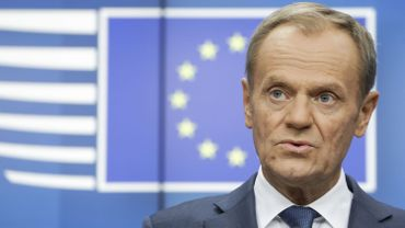 Coronavirus en Pologne: Donald Tusk appelle au boycott de la présidentielle par correspondance