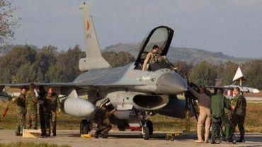 Libye: la Belgique n'engagera pas de F-16 supplémentaires