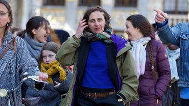 Anne Teresa De Keersmaeker lors de sa slow walk au centre de Bruxelles