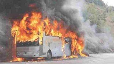 L'autobus en feu