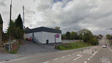 Hainaut: rafale de coups de feu sur l'entrée d'une discothèque à Anderlues