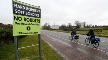 """En Irlande du Nord on craint le retour d'une frontière """"dure"""" avec  la république d'Irlande"""