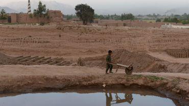 """""""Peu de signes de progrès"""" en Afghanistan selon un rapport américain"""