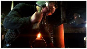 La forge d'Ostiches, la caverne des couteliers amateurs