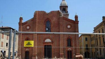 La cathédrale de Mirandola endommagée par le tremblement de terre du 29 mai