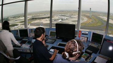 Tensions sociales chez Skeyes: A quoi ressemble le métier d'un contrôleur aérien?