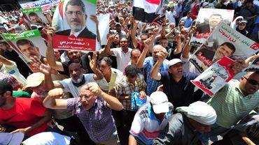 """Egypte: les islamistes se rassemblent pour un """"vendredi de la colère"""""""