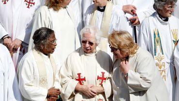 Sur les 3060 prêtres aujourd'hui en service en Suède, 1533 sont des femmes et 1527 sont des hommes