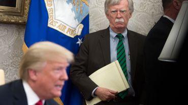 L'ex-conseiller à la sécurité nationale de Donald Trump, John Bolton, dans le bureau ovale de la Maison Blanche, le 17 mai 1918.